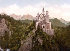 Castles...so fantastylike....I'm such a dreamer