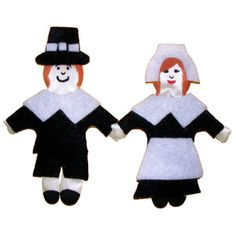 Here come those cute puffy people again! They are cute dressed as pilgrims for your Thanksgiving table. Use them to dress up a wreath or napkin rings. Kids will have fun dressing them just like paper dolls with cutout felt clothing.