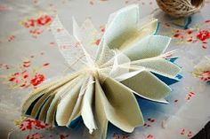 Como fazer pompom de papel de seda