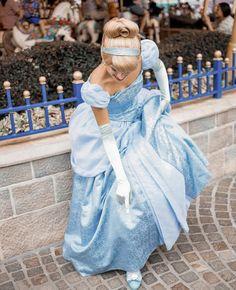 Disney Parks, Walt Disney World, Real Cinderella, Disney Face Characters, Strong Love, Disney Princesses, Super Mario, Hugs, Disneyland