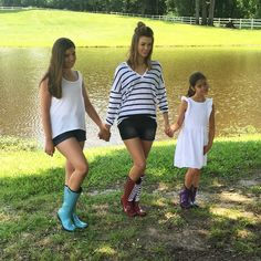 More behind the scenes photos from our exciting shoot with @live_original_sadierob #romaboots #foryouforall #liveoriginal #givingpovertytheboot