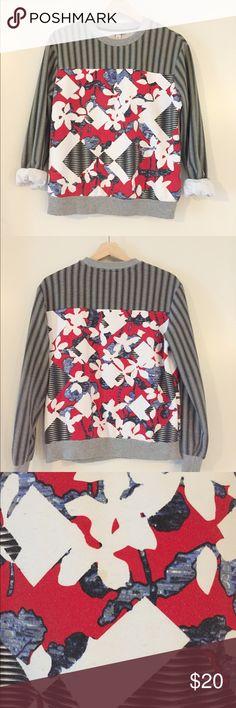 ❤️ Peter Pilotto for Target sweatshirt Peter Pilotto for Target sweatshirt, size small. Small stain on front -- see photo. Peter Pilotto for Target Tops Sweatshirts & Hoodies