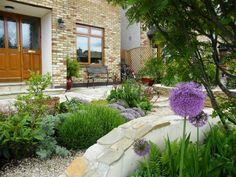 steingarten-anlegen-gartengestaltung-kies-splitt-modern-vorgarten, Garten und Bauen