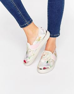 d93b7f3584 Image 1 of Ted Baker Laulei Floral Print Slip On Sneakers 반스 스니커즈