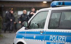 В Дрездене неизвестные подожгли три полицейские машины - РБК Украина