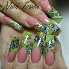 Here are some hot nail art designs that you will definitely love and you can make your own. You'll be in love with your nails on a daily basis. Glam Nails, Dope Nails, Bling Nails, Stiletto Nails, Fabulous Nails, Gorgeous Nails, Pretty Nails, Nail Swag, Beautiful Nail Designs