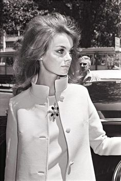 A look back at Jean Shrimpton, the style icon. See the 1960s and 1970s fashion icon's best looks of all time: