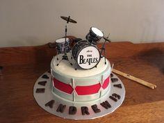 drum cake for my nephew First Birthday Parties, Birthday Cakes, First Birthdays, Beatles Birthday, Drum Cake, Cake Smash, Desserts, Kids, Knight