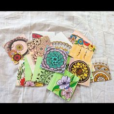 Personalize Handmade Gift tags. Click and get to my Instagram account to check out more such work of mine. Personalised Gifts Handmade, Art Christmas Gifts, Boho Outfits, Instagram Accounts, Zentangle, Boho Jewelry, Mandala, Boho Ideas, Check