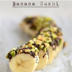 I wanna try this simple banana sushi for snacks. Banana, nut/seed butter and preferred toppings such as chopped pistachios, chia seeds and dried coconut. oh yeah, if you need a complete diet for less then a pound of bananas. Tap on the link in the bio.