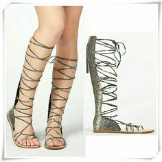 """Zahara gladiator sandals. Gladiator sandals with lace up and back zipper. The pattern is reptilian, without texture. The sandals are hot as hell.  Details: heel 1/2"""", fits TTS. Sorry, more pictures later.  Please use only ✔OFFER  button for all price negotiations. I'll do a price drop⤵ for you for discounted shipping, if we agree about the price. JustFab Shoes Sandals"""