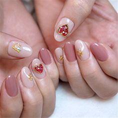 Short acrylic nails can shine equally as bright as long acrylic nails, we list 110 short acrylic nail art design ideas: short stilleto nails, short squoval nails, short matte nails and etc. Red Nail Art, Cool Nail Art, Pink Nails, Diy Acrylic Nails, Acrylic Nail Designs, Valentine's Day Nail Designs, Nails Design, Heart Nails, Nail Decorations