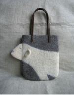 フェルト羊毛のバッグーしろくま
