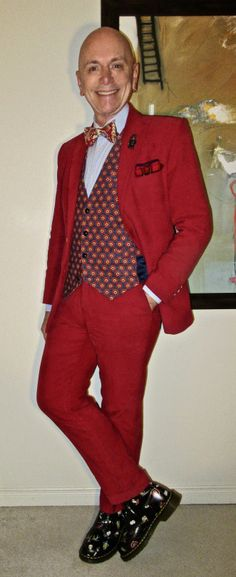 MTO corduroy suit, Bustle waistcoat, Simon Chang shirt, Jones New York tie, Dr. Marten's boots… #MTO #Bustle #SimonChang #JonesNewYork #DrMartens #DocMartens #Toronto #WIWT #menswear #mensweardaily #mensfashion #instafashion #fashion #dandy #dandystyle #sartorial #sartorialsplendour #sprezzatura #menstyle #dapper #dapperstyle #menshoes #mensboots