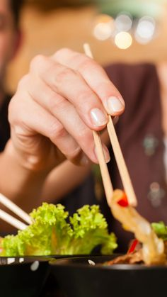 You've been using your chopsticks all wrong  via @AOL_Lifestyle Read more: https://www.aol.com/article/lifestyle/2017/03/23/chopsticks-asian-food-travel-rules/22009209/
