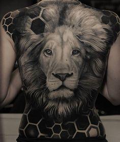 Tiger tattoo, back tattoo women, back piece tattoo, cat tattoo, black tatto Lion Back Tattoo, Back Piece Tattoo, Tiger Tattoo, Cat Tattoo, Lioness Tattoo, Tattoo Pics, Back Tattoos For Guys, Full Back Tattoos, Back Tattoo Women