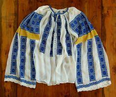 Ie Gorj - Crasna. Folk Embroidery, Rain Jacket, Windbreaker, Textiles, Costume, Blouse, Jackets, Fashion, Folklore