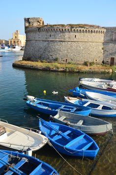 il castello di Gallipoli, Puglia, Italy Lecce. 40°04′00″N 18°03′00″E