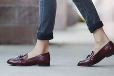 Perfect burgundy loafers for fall!