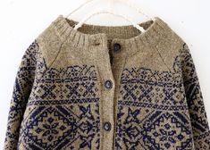 라르니에 정원 LARNIE Vintage&Zakka Knitting Help, Mittens Pattern, Fair Isle Knitting, Knit Picks, Pulls, Autumn Winter Fashion, Knitwear, Knitting Patterns, Knit Crochet