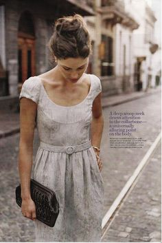vintage inspired fashion | grey dress