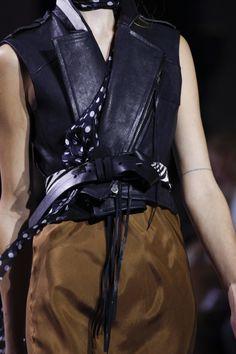 Haider Ackermann Spring 2016 Ready-to-Wear Accessories Photos - Vogue