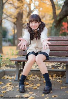 写真( huge) Asian Cute, Cute Asian Girls, Beautiful Asian Girls, Cute Girls, Japanese School Uniform, School Uniform Girls, Girls Uniforms, Fashion Poses, Girl Fashion