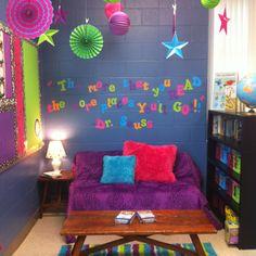 Classroom reading area, classroom layout, classroom organisation, reading c Classroom Reading Area, Classroom Layout, Classroom Organisation, Reading Centers, New Classroom, Classroom Setting, Classroom Design, Kindergarten Classroom, Classroom Themes