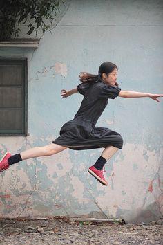 Thu.09.30.2010 本日の浮遊 Today's Levitation 楽しい。 子供の遊びのような自由さがあふれている。