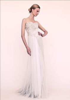 83790aaaf41 marchesa wedding dress for beach brides 1