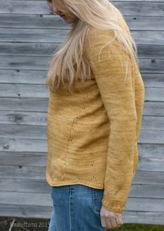 Gretchen pullover by Isabell Kraemer | I used Malabrigo Sock Yarn for this one, colorway Orchre | Koukuttamo