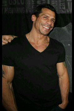 DWood Wahlberg Brothers, Danny Wood, Donnie Wahlberg, Jordans Girls, Newest Jordans, Two Faces, New Kids, Bellisima, Hot Guys
