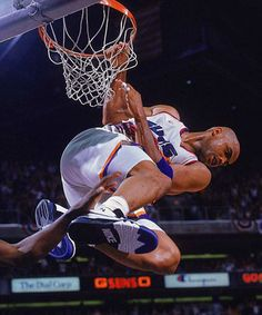 Charles Barkley - look out below! #NBA