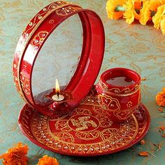 Order karwa chauth sargi pooja thali set with pooja items online from Indiagift - best gift sites. Same day delivery of Sargi gifts, vrat katha and items across India. Online Birthday Gifts, Special Birthday Gifts, Birthday Gifts For Husband, Online Gifts, Gifts For Wife, Kalash Decoration, Thali Decoration Ideas, Diwali Craft, Diwali Gifts