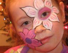 Trucco del viso per Carnevale per bambini da fiore