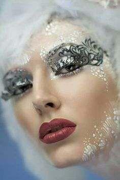 Crazy Eye Makeup, Eye Makeup Tips, Face Makeup, Ice Queen Costume, Kreative Portraits, Fantasy Make Up, Maquillaje Halloween, Make Up Art, Makeup Designs
