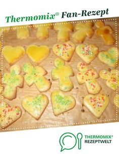 Weihnachtsplätzchen – Butterplätzchen Christmas Cookies – Butter Cookies from Ladyfit. A Thermomix ® recipe from the Sweet Baking category at www.de, the Thermomix ® Community. Homemade Butter, Homemade Cookies, Baby Food Recipes, Cookie Recipes, Fermented Bread, Butter Cookies Christmas, Biscuits, How To Make Dough, Butter Cookies Recipe