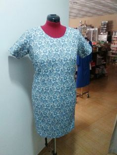 Vestido estampado confeccionado por luisi High Neck Dress, Dresses, Fashion, Block Prints, Tejidos, Turtleneck Dress, Vestidos, Moda, Fashion Styles