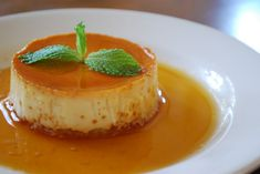 A Wise Woman Builds Her Home: The Domestic Artist--Creme Caramel Flan Bliss Small Desserts, Just Desserts, Delicious Desserts, Yummy Food, Mexican Desserts, Yummy Yummy, Tasty, Caramel Flan, Sauce Caramel
