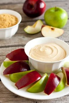 Caramel+Cheesecake+Apple+Dip+(3+Ingredient+3+Minute+Recipe)