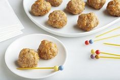 A mixture of pork sausage, all purpose baking mix and shredded cheddar cheese is formed into balls and baked for delicious hot appetizers or snacks. Hot Appetizers, Appetizer Recipes, Snack Recipes, Cooking Recipes, Sausage Recipes, Healthy Recipes, Sausage Cheese Balls, Hot Sausage, Sauce Pour Porc