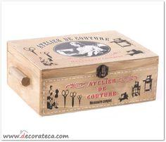 """Costurero retro de madera """"Atelier"""". Decoración vintage. WWW.DECORATECA.COM"""