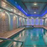 A  video leaked this week  of Obama grimacing, lunging and yawning his way through a workout in a Warsaw gym. In order to avoid prying camera phones, Obama would probably appreciate the private gym in this in this enormous Upper East Side mansion. The five-bedroom, eight-bath, 12,000-square-foot townhouse also has a stunning pool.     HGTV FrontDoor