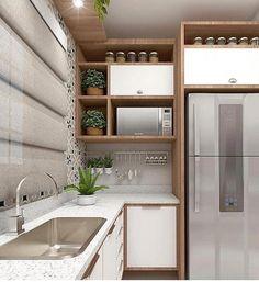 A imagem pode conter: área interna Kitchen Room Design, Kitchen Cabinet Design, Modern Kitchen Design, Home Decor Kitchen, Interior Design Kitchen, Kitchen Furniture, Home Kitchens, Modern Kitchen Cabinets, Kitchen Appliances