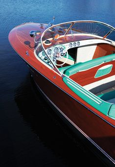 The Tritone is a mahogany runabout that first entered production in 1950 by Riva, a company that had been founded 104 years earlier in The Tritone Riva Boat, Yacht Boat, Boat Dock, Bugatti, Ski Nautique, Wooden Speed Boats, Chris Craft Boats, Wood Boat Plans, Classic Wooden Boats