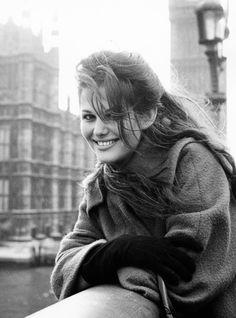 Claudia Cardinale                                                                                                                                                     Más