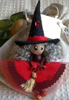Broche fieltro bruja negra y roja