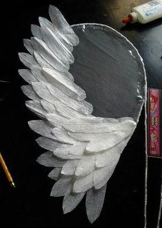 Diy costumes 577305245967144314 - Angel Wings for Costume: 4 Steps Source by lelrayner Diy Angel Wings, Diy Wings, Feather Angel Wings, Diy Costumes, Halloween Costumes, Diy Angels, Diy And Crafts, Paper Crafts, July Crafts