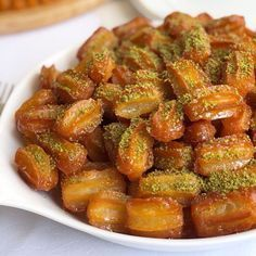Best Easy Cake : How sweet are you or ya even those who don& love came to love 😂😂 Tulumba . Turkish Sweets, Arabic Sweets, Turkish Recipes, Ethnic Recipes, Most Delicious Recipe, Cake Decorating Tips, Mini Cakes, Bon Appetit, Baby Food Recipes