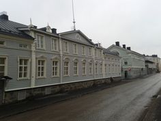 Some old buildings in central Oulu.